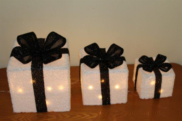 Set of 3 White Parcels & Black Bow-battery