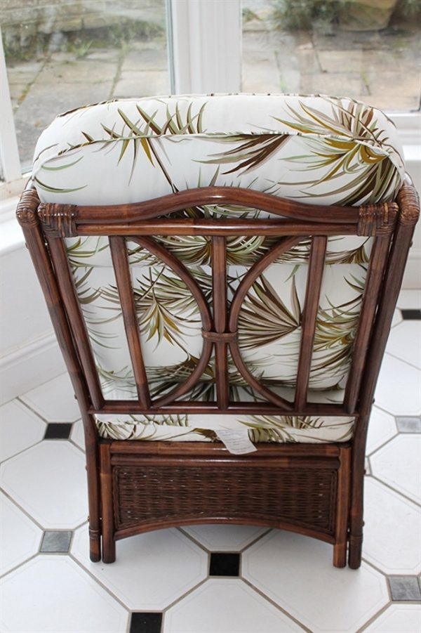 Verona Cane Duo Set- 2 Chairs & Side Table- Palm Design