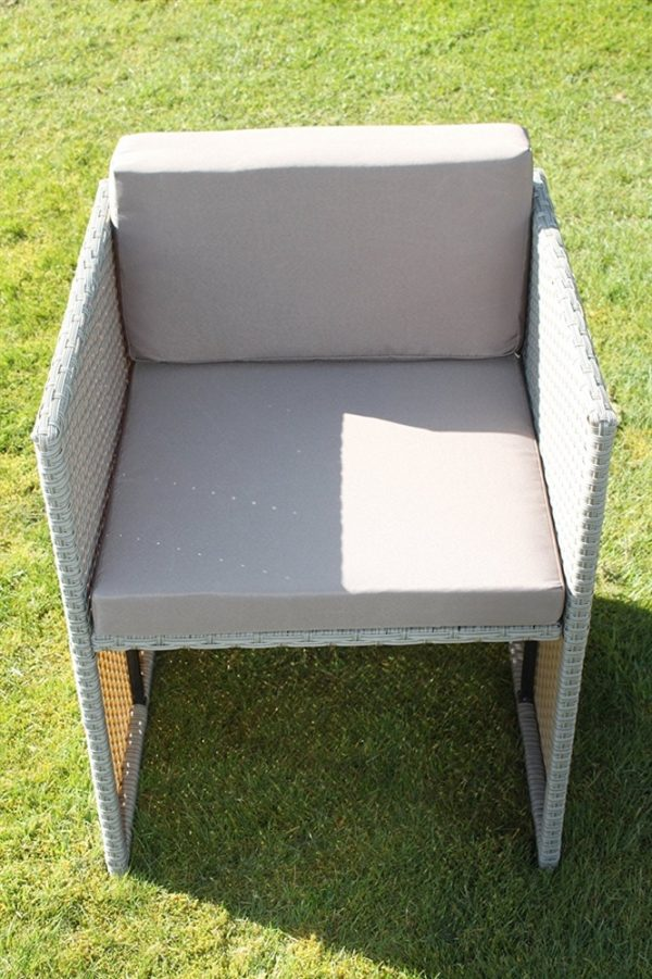 Stratford Rattan Weave Garden 4 Seater Cube Set Complete With Cushions