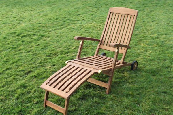 Solid Teak Garden Steamer Chair With Wheels