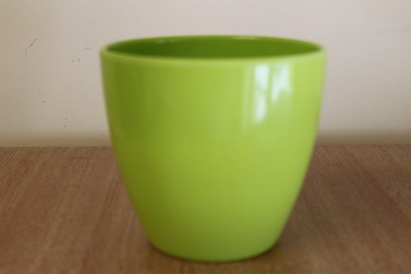Quality Small Lime Green Smooth Plastic Plant Pot Cover-Diameter 13cms