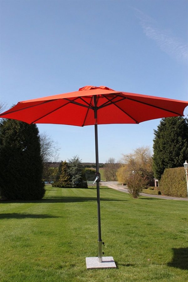 2.7M Wide Garden Parasol Tilt and Crank-Terracotta