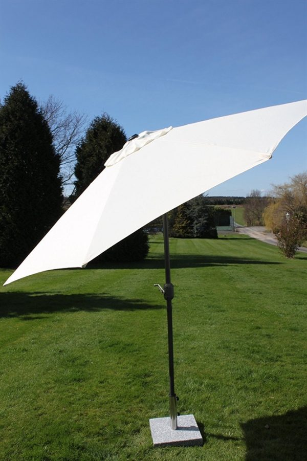 2.7M Wide Garden Parasol Tilt and Crank-Cream