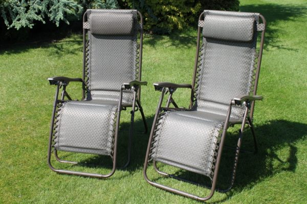 SET OF 2 Padded Garden Anti Gravity Recliner Chairs